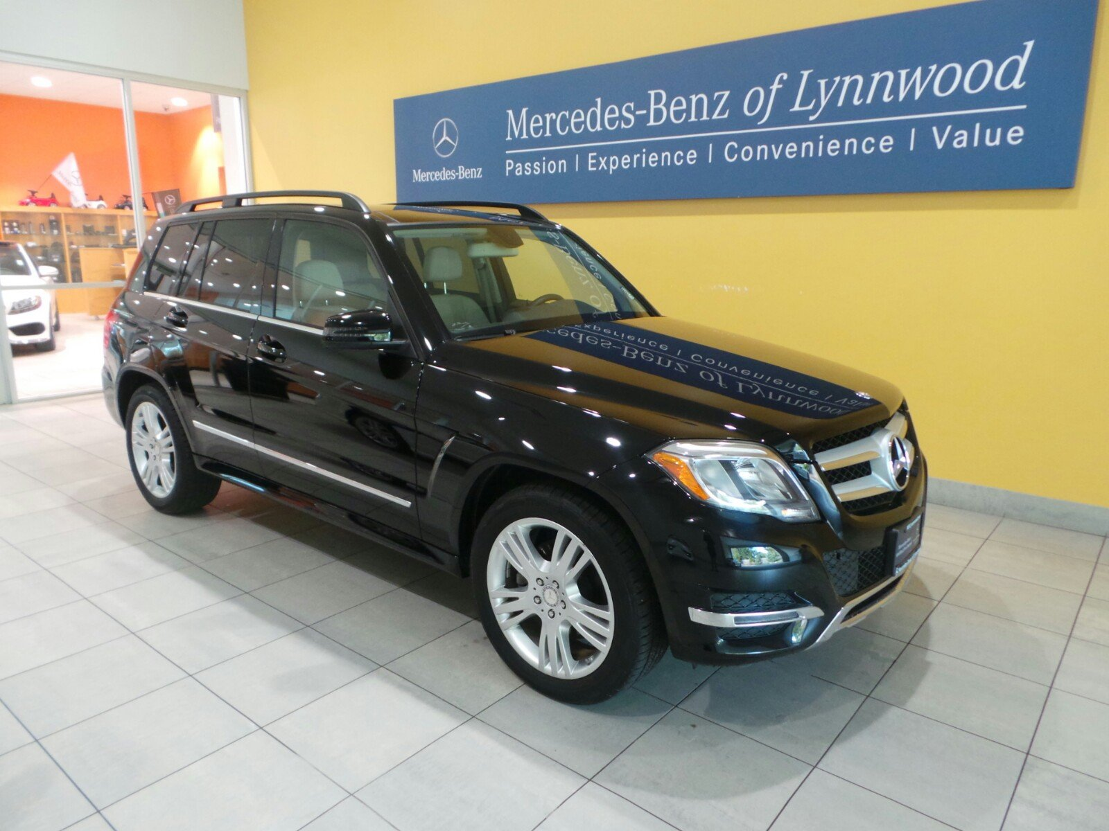 certified pre owned 2014 mercedes benz glk glk 350 4matic sport utility in lynnwood l3607p. Black Bedroom Furniture Sets. Home Design Ideas